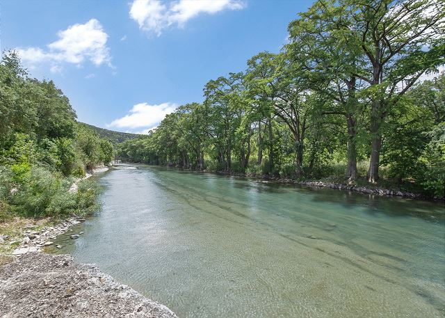 Guadalupe River Rock Retreat   RR9740