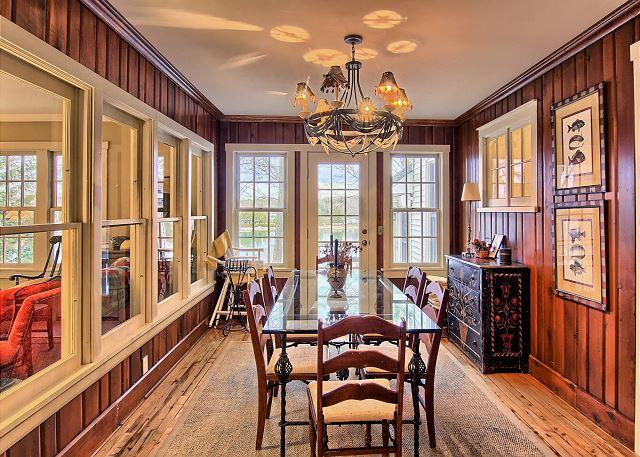 2nd dining room