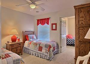 The second bedroom has 2 twins beds- there is a 3rd twin bedroom that can only be accessed by going thru the 2nd bedroom