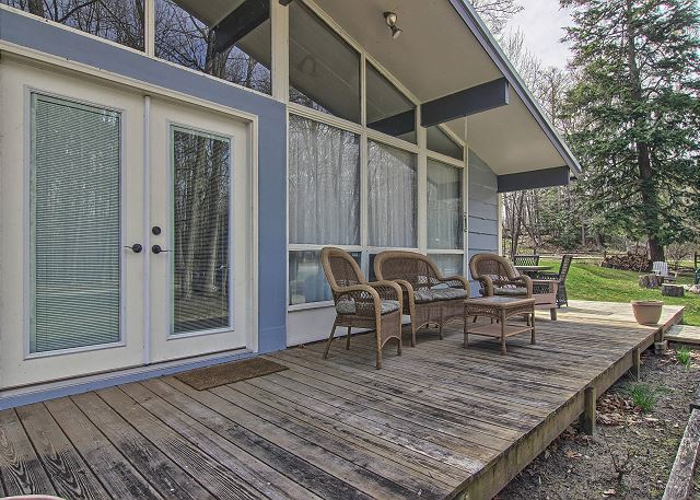 Spacious Deck with Plenty of Seating
