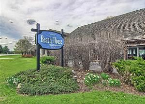 Beach House Restaurant at Deer Lake