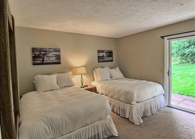Second Bedroom with Bedroom with 2 Queen Beds