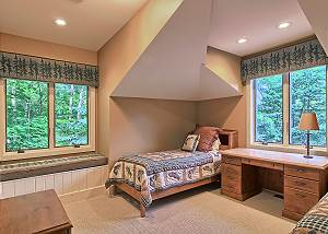 twin room/guest house