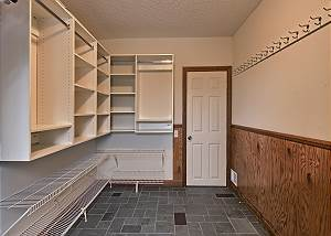 entry way with lots of storage and access to the Sauna