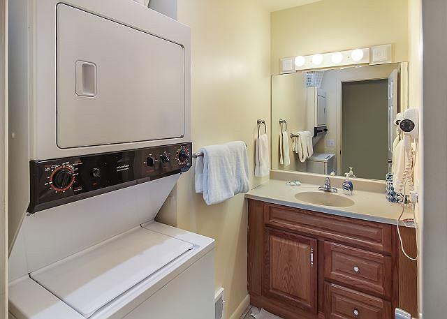 Downstairs Bath w/Laundry