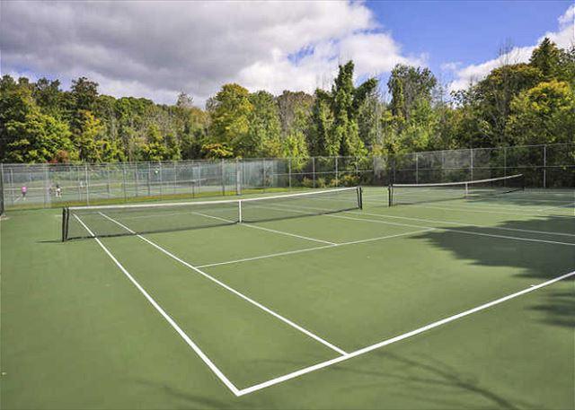 Harbor Cove Tennis Courts