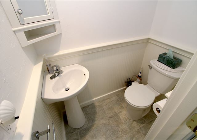 2nd Floor Bonus Room Half Bath