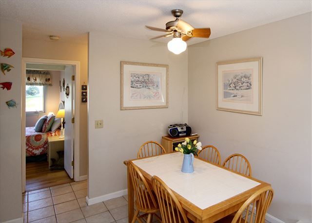 Small dining area seating 6