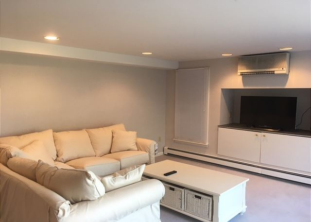 Lower Level sitting area with flat screen TV