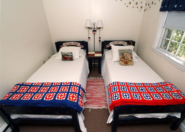 Guest house twin bedroom