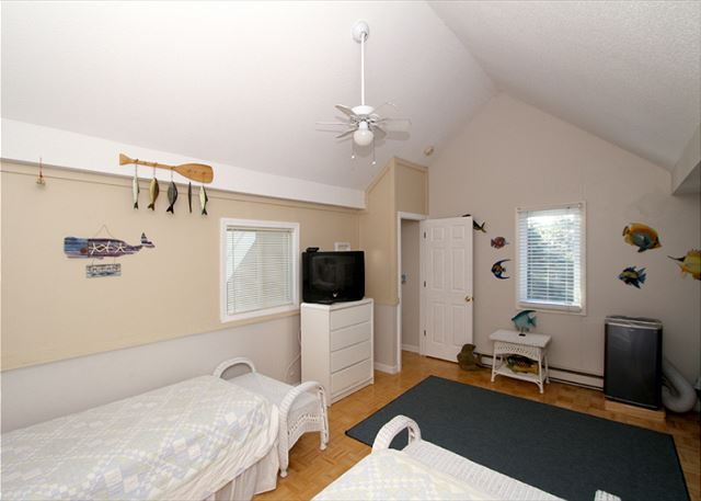 Upstairs bedroom with 4 twins