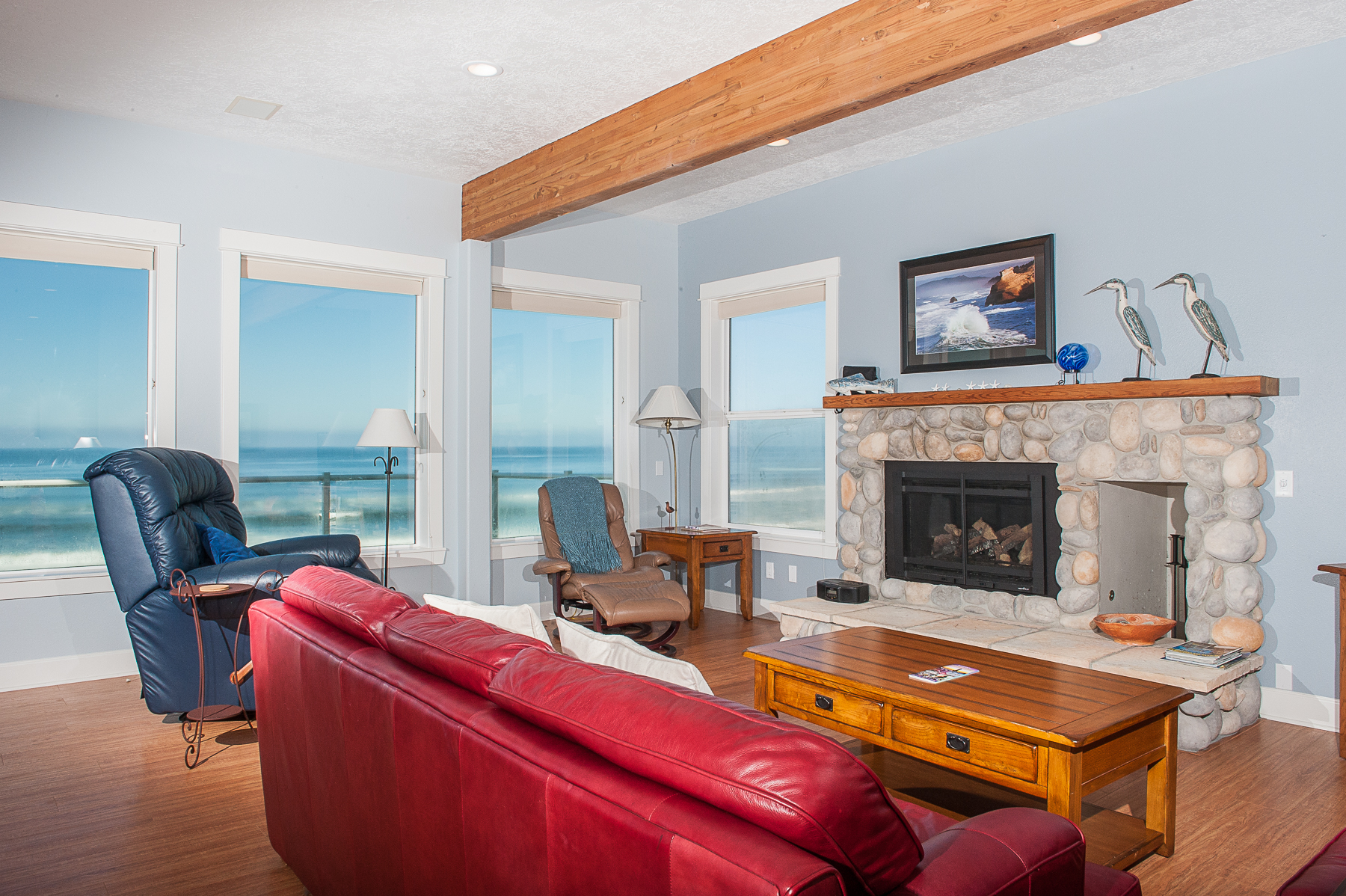 Roads End Light House - Oregon Beach Vacation Rentals
