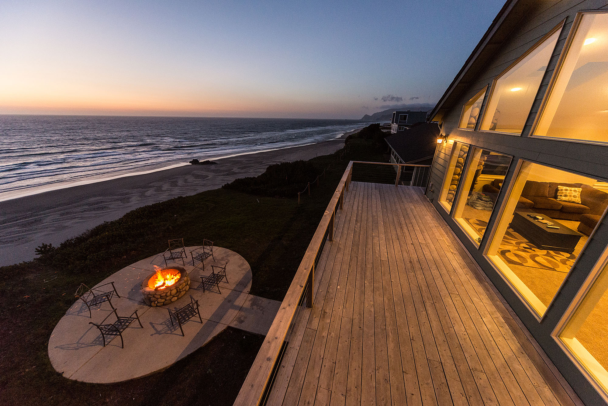 Pacific Breeze Oregon Beach Vacation Rentals