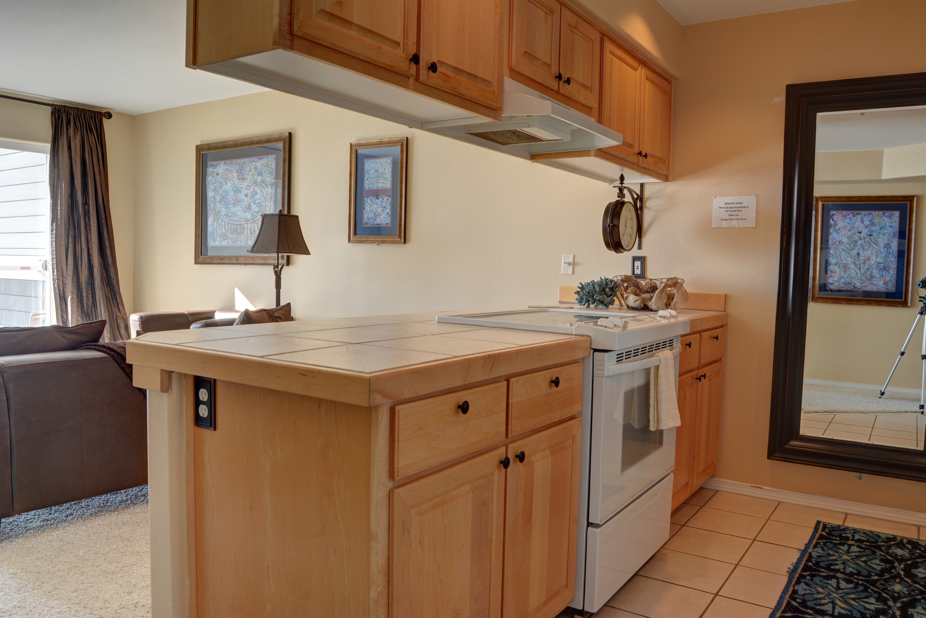oregon overview beach lincoln edge rentals vacation booking average city waters review