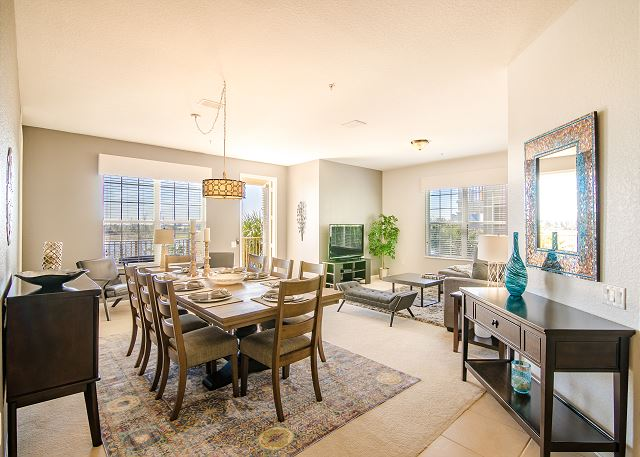 Spring  Lakeview Condo