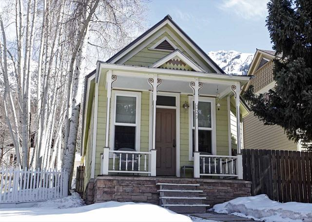 Beautiful Historic Home - Unbeatable Location - Heart of Downtown