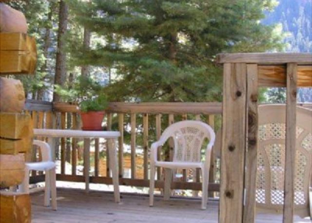 Cozy Suite -  Located in the Heart of Forest - Pet Friendly