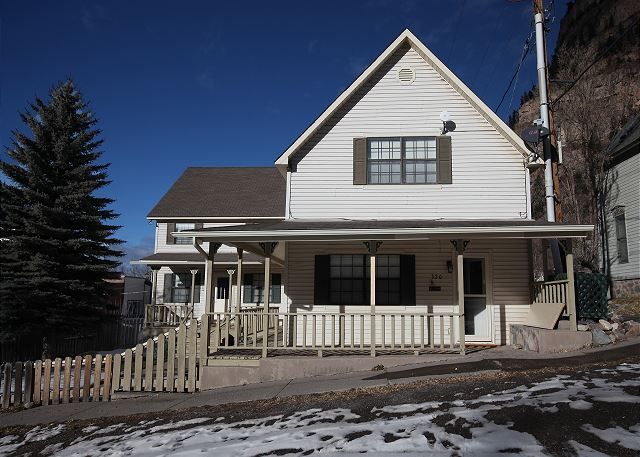 Historic Home - Located in Downtown Ouray - Pet Friendly - Pool Table