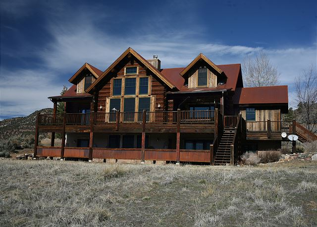 New Listing! Custom Built Log Home on 3 Acres - Deck w/ Views - Pets Welcome