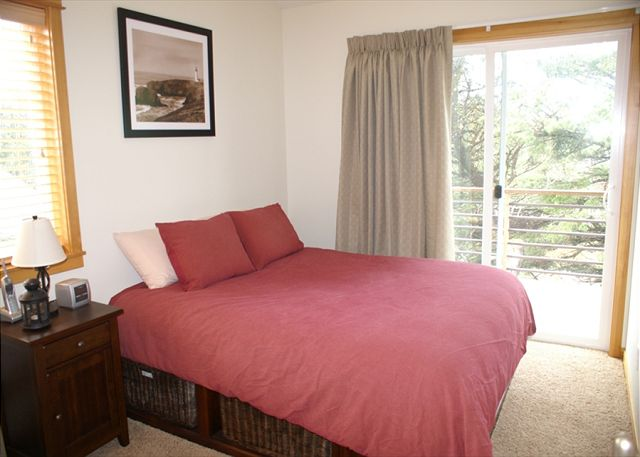 Pelican Perch Queen Bedroom with Deck