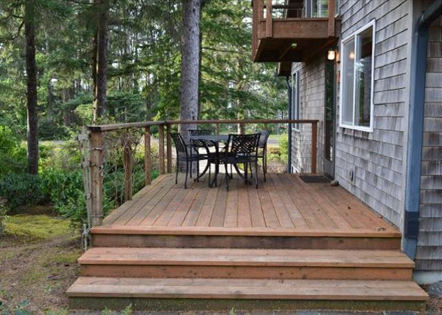 South Deck with Outdoor Furniture and Gas Grill