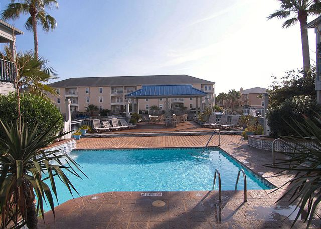 The Great Waterfront Escape comes w/a Boat Slip, Pool and a Great View! - Corpus Christi, Texas