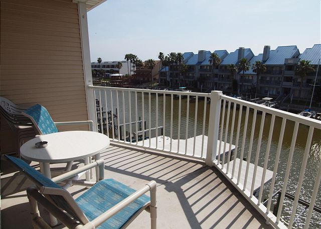 This Waterfront Paradise has unmatched views, private pool and boat slip! - Corpus Christi, Texas