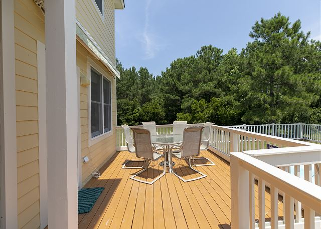 Back Deck of A Tar Heel State of Mind, a 4 bedroom, 3.0 bathroom vacation rental in Corolla, NC