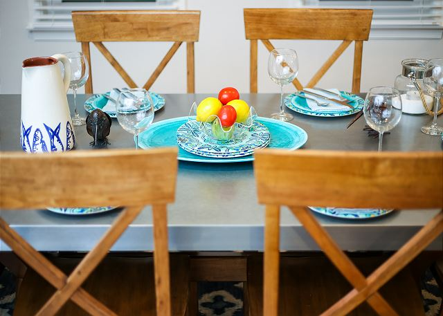 Dining Table Top Level of Just Fore Fun, a 4 bedroom, 3.5 bathroom vacation rental in Corolla, NC