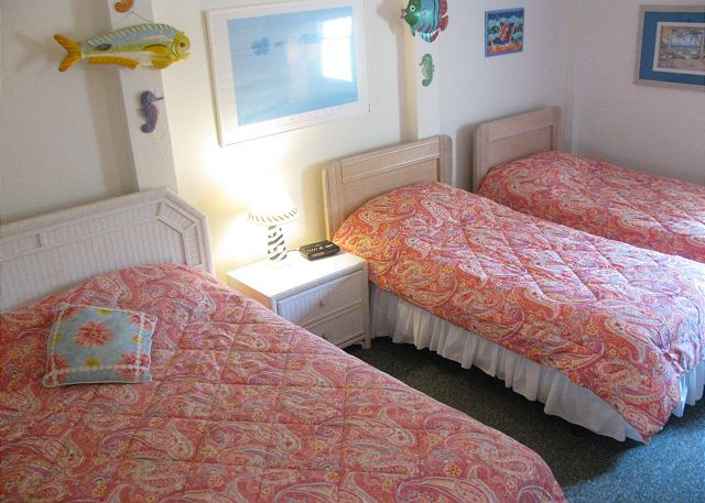 Double/Twin Bedroom Ground Level  of Neely's Beach Music, a 5 bedroom, 3.5 bathroom vacation rental in Corolla, NC