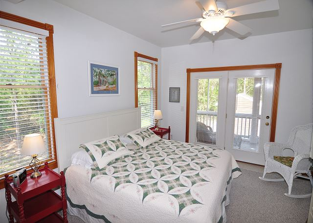 King Master Mid Level of Serendipity, a 5 bedroom, 4.5 bathroom vacation rental in Corolla, NC