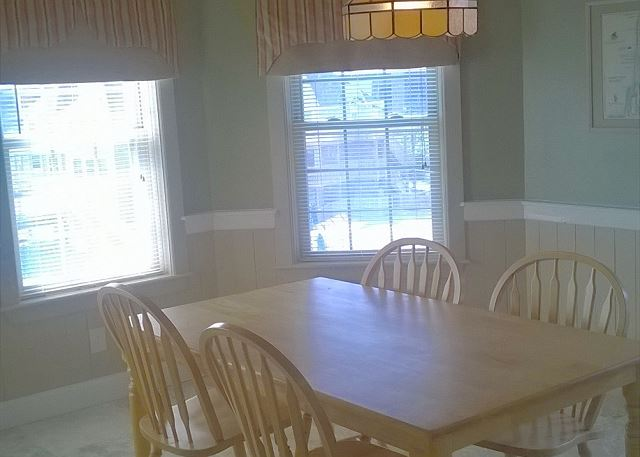 Dining Room Entry Level