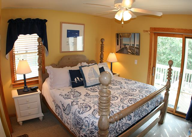 King Master Bedroom Mid Level