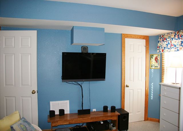 Twin Bed Bunk Room Ground Level