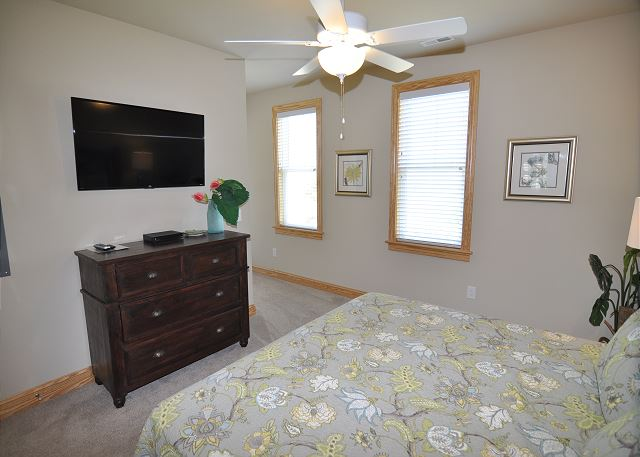 5th King Master Suite mid level