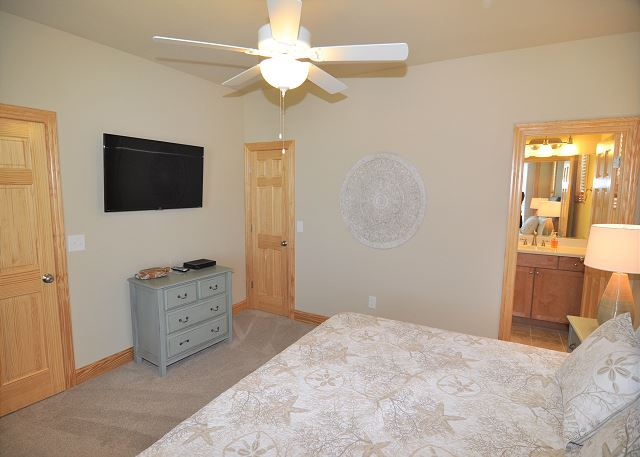 6th King Master Suite mid level