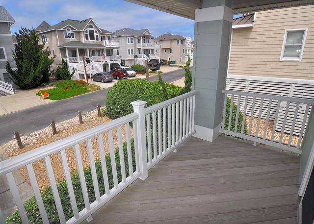 Porch - Mid Level