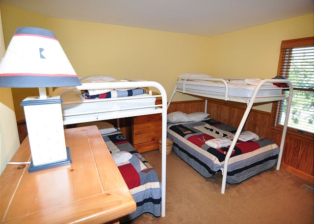 Double Bunk Bedroom - Entry Level