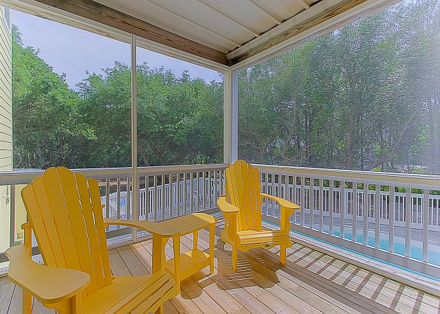 Screened Porch Entry Level