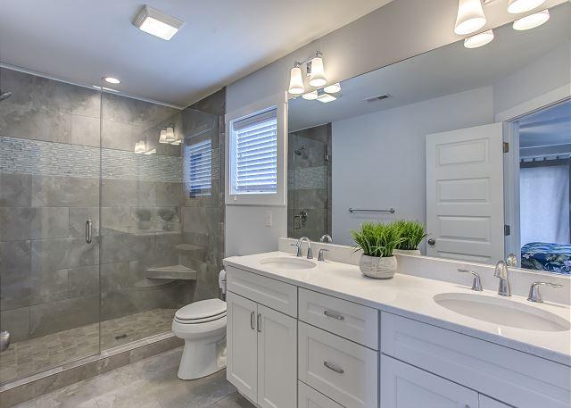 2nd King Master Bathroom Mid Level
