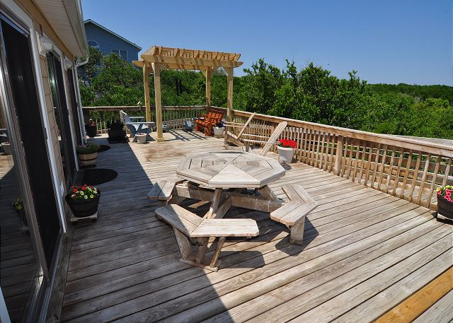 Deck Top Level of Kara's Sandcastle, a 4 bedroom, 2.0 bathroom vacation rental in Corolla, NC