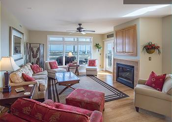 Memories By The Sea, an Outer Banks Vacation Rental in Corolla