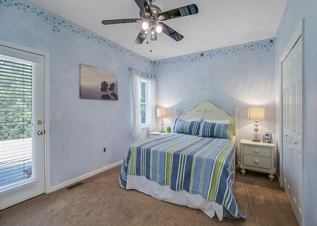 Entry Level Queen Bedroom