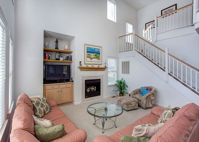 Living Area - Entry Level