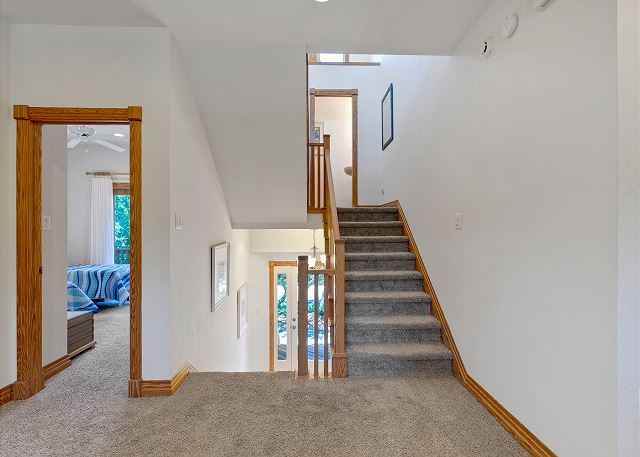 Stairs to Mid Level