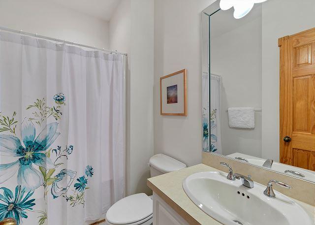 Full Bath - Mid Level