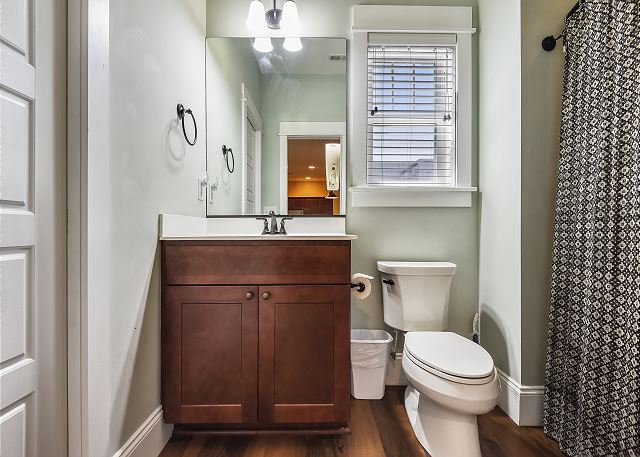 Shared Bath - Ground Level