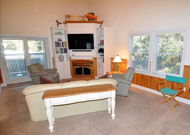Great Room Entry Level of Bono Fide Blessing, a 5 bedroom, 4.5 bathroom vacation rental in Corolla, NC