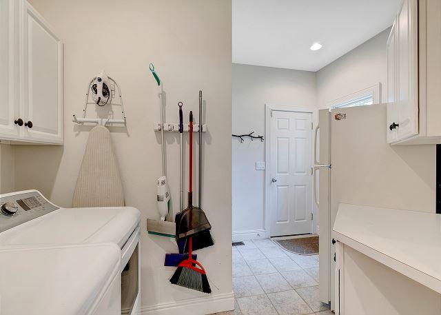 Laundry Area - Entry Level