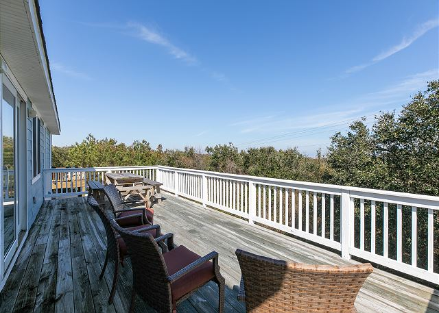 Back Sun Deck - Top Level